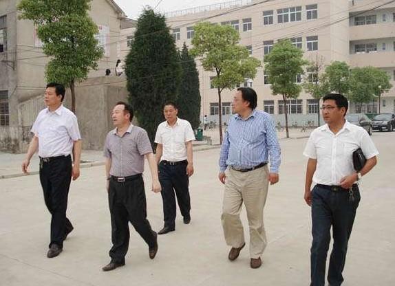 > 安徽凤阳县职业教育中心相册